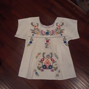 Izzy & Lola HTF Valley  Embroidered Top sz S